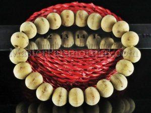 gelang kayu dewandaru